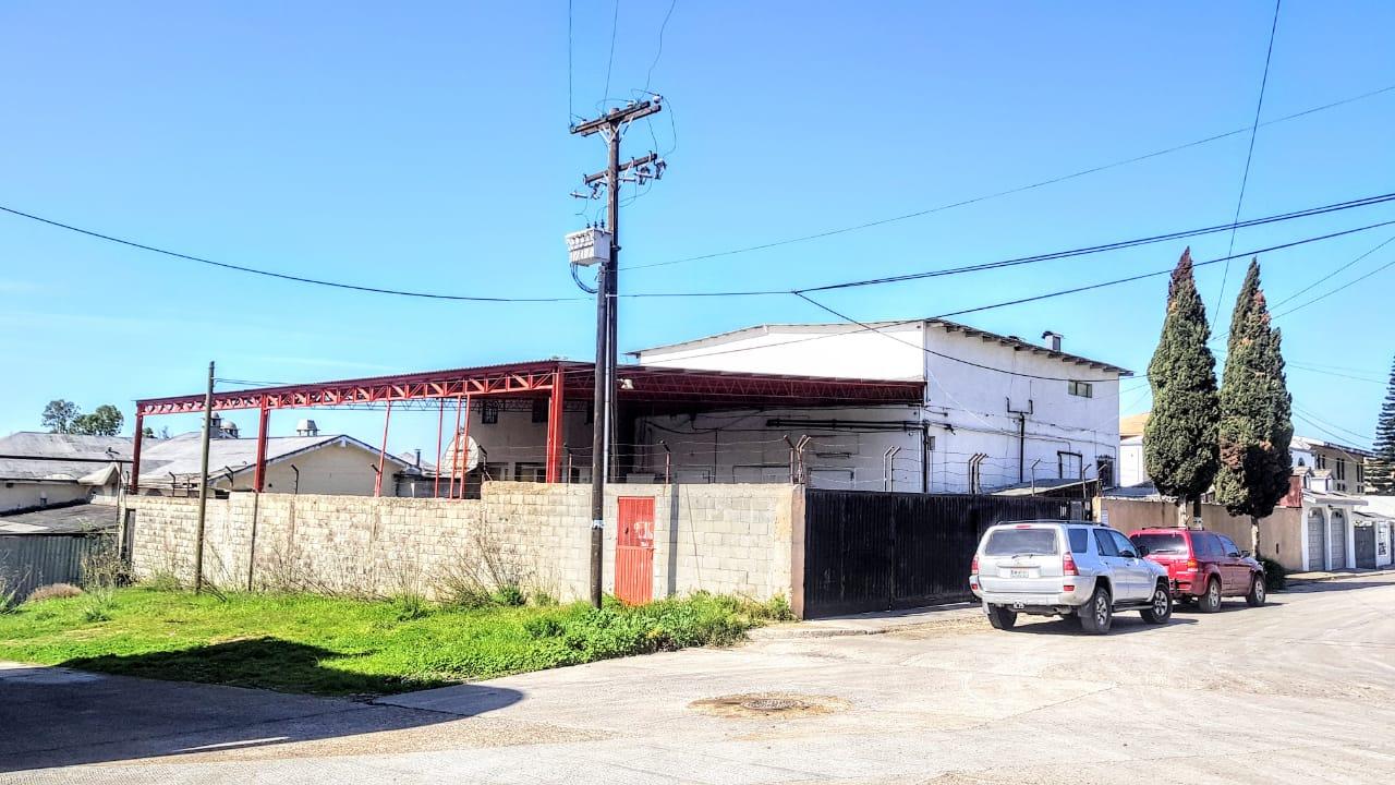 Renta de Bodega con Cuartos Fríos, Fracc. El Soler; Tijuana, B.C.